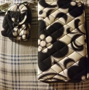 New Vera Bradley clutch 5x8 inches with coin